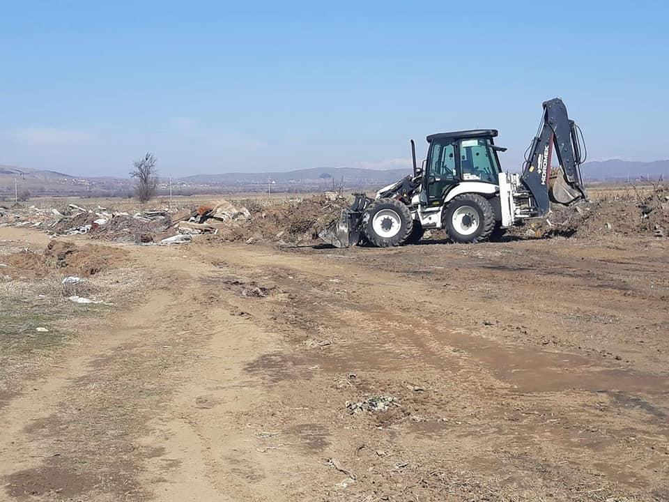 Општина Могила спроведува акции за чистење на диви депонии.